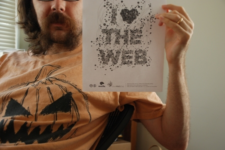 web_loving_moustache